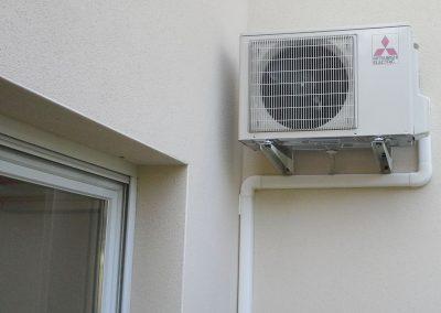 Chantier de climatisation avec split Mitsubishi